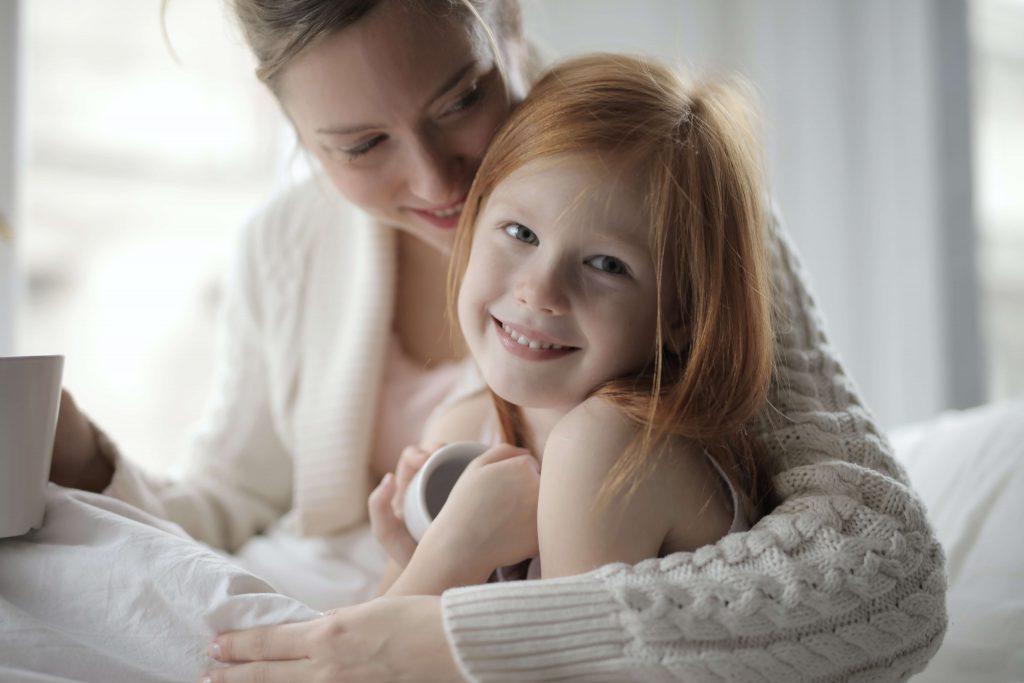 Kendine Dikkat Etmek 1024x683 - Çalışan Anneler İçin 6 Basit Kişisel Bakım Fikri